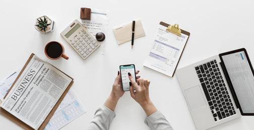 Organiser et suivez vos données comptables et sociales facilement avec nos logiciels en ligne